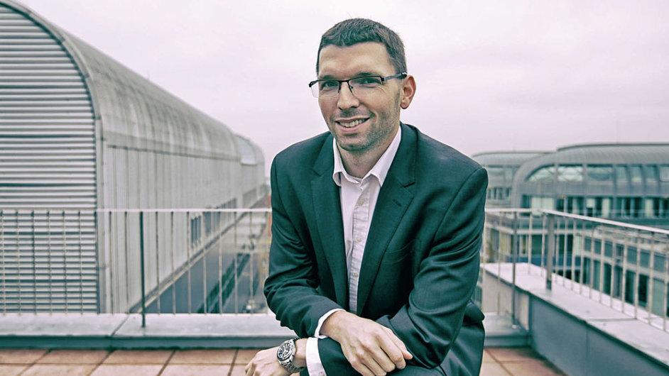 Vítězslav Ciml v rozhovoru pro Hospodářské noviny: OKsystem inovuje, ale kurz nemění